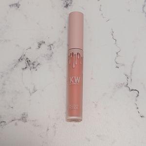 KKW by Kylie Cosmetics Creme Liquid Lipstick